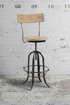 Jean Mark Stool 90£ height 115-148