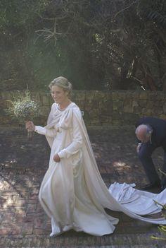 Vestido Casilda Arizón. Capa Carmen de pablo