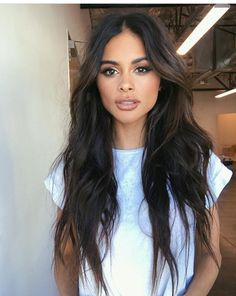 messy wavy hair goals