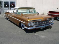 1960 El Camino   the line begins to blur: 1959-1960 Chevrolet El Camino