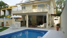 Linda casa c/ magnífica área verde, 04 suites, piscina, chur. a 600 mts da praiaImóvel para temporada em Riviera de São Lourenço da @homeaway! #vacation #rental #travel #homeaway