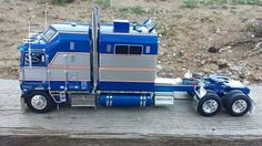 Kenworth Stretch Cab Over model. This is a Very Fine example of someone with talent that creates a Really Fine Model Truck Tractor. Big Rig Trucks, Toy Trucks, Semi Trucks, Monster Trucks, Peterbilt, Kenworth Trucks, Pick Up, Custom Big Rigs, Custom Trucks