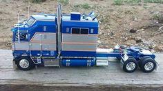 Kenworth with custom blue paint scheme