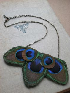 Really cute and easy peacock feather necklace.
