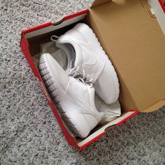 Nike Roshe run one! I love it!  White shoes are the best! Go to love it!