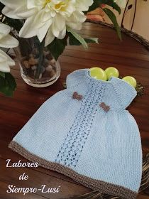Labores de siempre: Vestido bebé en manga corta y abertura trasera Crochet Baby, Knit Crochet, Color Celeste, Knitting Wool, Kids Corner, Baby Knitting Patterns, Diy, Summer Dresses, Children
