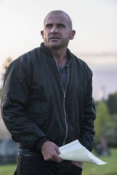 Dominic Purcell, Brandon Routh, and Maisie Richardson-Sellers in Legends of Tomorrow Wade Williams, Lincoln Burrows, Maisie Richardson Sellers, Sarah Wayne Callies, Dominic Purcell, Like A Storm, Australian Actors, Dc Legends Of Tomorrow, Movies