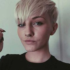 7.Kurze Pixie Frisur