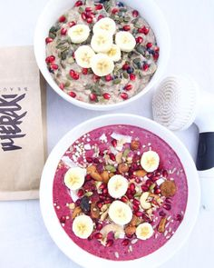 Breakfast bowls for two!  ✖️Smoothie bowl using @tropeaka acai & immunity powder + creamy banana oatmeal bowl (lots of these recipes can be found on my YouTube channel ) Also some products I have been loving lately:  @vanityplanetstore spin for...