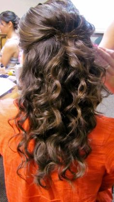 Curly Hair, half up. Wedding Hair. Coarse hair.