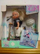 Steffi Love Art. Nr 5730863 - Evi's Scooter (Evis Roller) Puppe mit Zuberhör NEU