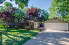 Property in Cedar Creek Lake, Gun Barrel City, Athens, Moore Station, Terrell, Wills Point, Payne Springs, Texas: Malakoff, TX Waterfront Real Estate