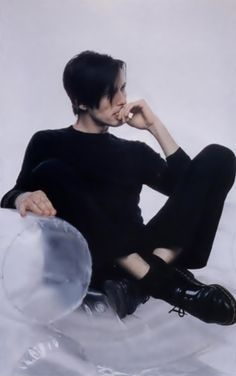 brett anderson. We used to have a chair like this... except, it was blue!