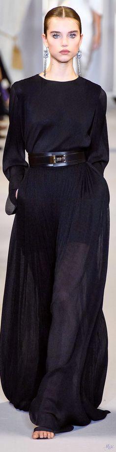 Brandon Maxwell Fall 2019 #rtw #fall2019 #womenswear #fashionshow #vogue #brandonmaxwell Ny Fashion Week, Fashion Show, Fashion Design, Fashion Trends, Fashion Vocabulary, Brandon Maxwell, Catwalk Fashion, Autumn Winter Fashion, Fashion Fall
