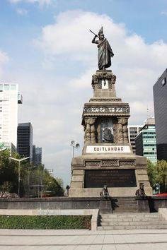 Glorieta monumento a Cuauhtémoc « por Bici-tando la Ciudad de México