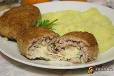 Мясные зразы с сыром, яйцом и зеленью