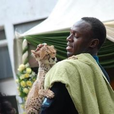 First picture of Usian Bolt and his son http://hugelol.org/lol/84903