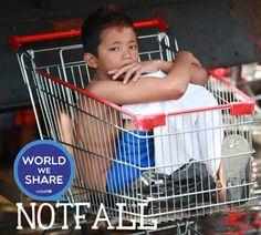 SPECIAL: Notfall Philippinen - Foto der Woche http://www.believeinzero.at/world-we-share/special-notfall-philippinen-foto-der-woche/