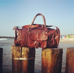 Large 24 inch genuine leather duffel bags for mens in such cheap prices online.