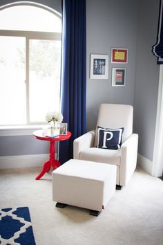 This is how to do red, white and blue in a nursery! #munire #MadeInUSA #pinparty
