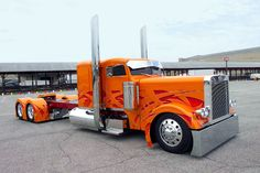 Peterbilt Trucks  | Peterbilt Trucks Peterbilt trucks-from chain drive to the Peterbilt ...