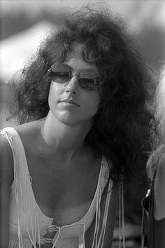 Grace Slick at Woodstock, Grace Slick, Robert Klein, Rock And Roll History, Great Society, I See Fire, Women Of Rock, Women In Music, Janis Joplin, Female Singers