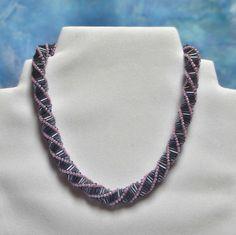 . Beaded Necklace, Jewelry, Fashion, Beaded Collar, Moda, Jewlery, Pearl Necklace, Jewerly, Fashion Styles