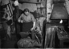 on of the last nailer in berlin - around 1930 - he forged up to 2000 cleats in a single day - Nagelschmiede in Berlin