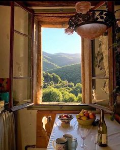 Coffee Instagram, Instagram Posts, Coffee Shop Aesthetic, Special Person, Tuscany, Foto E Video, Future House, French Country, Beautiful Places