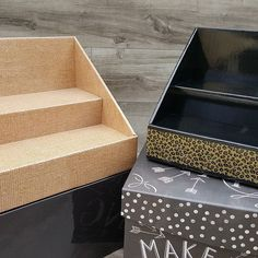 Combine different colors, prints and textures to create a unique backdrop for your products! Shown: Burlap Display on the left and Black Display with Leopard Print on the right. ♥