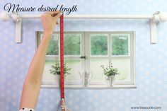 Here I will show you the easiest way how to make curtains using the rod pocket method. Even beginners will be able to sew curtains with this easy method. Small Curtains, How To Make Curtains, Hanging Curtains, Diy Curtains, Kitchen Curtains, Christmas Sewing Projects, Diy Sewing Projects, Sewing Tutorials, Sewing Ideas
