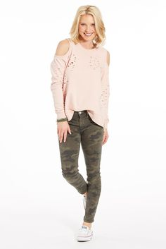 The outfit. light pink + camo | evereve