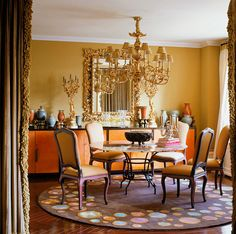 Looking for inspiration on how to décor a dining room? Here are some incredibly chic dining room ideas by Drake/Anderson that will probably delight you! | Dining Room Sets. Dining Room Table. Dining Room Chairs. #diningroomideas #diningroomtable See more at: http://diningroomideas.eu/incredibly-chic-dining-room-ideas-drakeanderson/