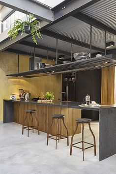 The Nordroom - Black and Wooden Kitchen in a A Warm Industrial Factory Conversion in Amsterdam Kitchen Furniture, Kitchen Interior, Hotels In Georgia, Kitchen Island Bench, Warm Industrial, Classic Kitchen, Industrial Apartment, Wooden Staircases, Inexpensive Furniture