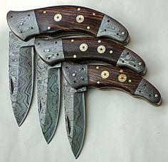Handmade Damascus Folding Knives: