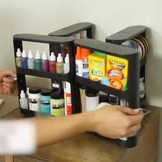 Kitchen Storage Hacks, Kitchen Cabinet Organization, Kitchen Organization, Kitchen Cabinets, Cool Gadgets To Buy, Cool Kitchen Gadgets, Cool Kitchens, Storage Rack, Storage Shelves