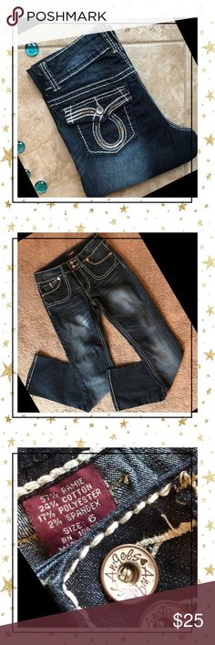 Angel jeans💕🦋🌵🐝🌵🦋💕 Angels stretchy dark wash jeans size 6🌵🦋💕🐝🌵🦋💕 Super cute and in excellent condition🌵🦋💕🐝🌵🦋💕 Angels Jeans