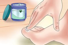 Calm a cough in minutes by applying Vicks Vaporub to your feet & covering in socks. Toenail Fungus Cure, Toe Fungus, Vicks Vaporub, Vapo Rub, Body Hacks, Tai Chi, Toe Nails, Fungi, Fit Bodies