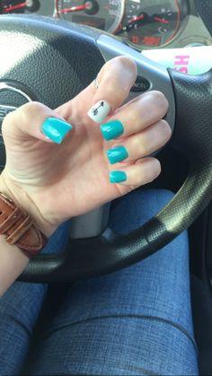 Turquoise nail with arrow art<br> Beautiful Nail Designs, Cute Nail Designs, Garra, Liquid Nails, Gel Nails, Cute Nails, Pretty Nails, Turquoise Acrylic Nails, Western Nails