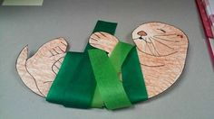 Sea Otter wrapped in kelp = All Things Library by Ashley: Goodnight Sea Otter Craft Letter O Crafts, Otter Birthday, Zoo Project, Project Ideas, Weird Sea Creatures, Ocean Unit, Friend Crafts, Sea Otter, Ocean Themes
