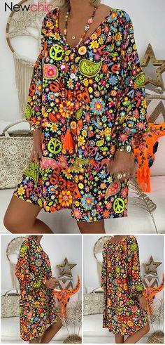 Print Bohemian V Neck Long Sleeve Summer Dress.