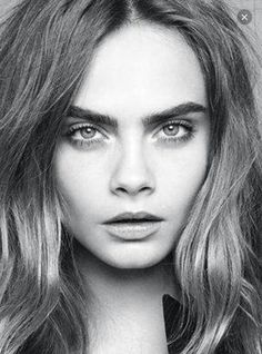 Cara Delevingne top model