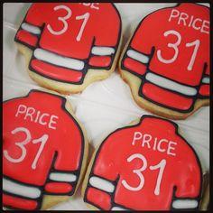 #sneakpeek of #goalieprice #cookies for a sweet #birthday boy! #sweethandmadecookies #royalicing #hockeyjerseycookies