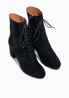& Other Stories image 2 of Lace Up Suede Boots in Black Crazy Shoes, New Shoes, Kim Miller, Dandy Style, Shoe Department, Fresh Kicks, Boots Online, Suede Boots, Parisian