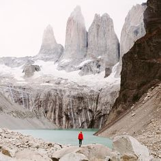Mirador Las Torres in Patagonia Chile Travel Destinations Honeymoon Backpack Backpacking Vacation South America Parc National Torres Del Paine, Places To Travel, Places To See, Travel Destinations, In Patagonia, Argentina Patagonia, Patagonia Travel, Argentina Travel, South America Travel