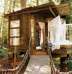 A tree house can be a magical hideaway, fort, or play destination for almost any child, as well as a fun project for any adult. Building a tree house takes careful planning and construction, but your hard work will pay off Beautiful Tree Houses, Beautiful Homes, Beautiful Places, House Beautiful, Beautiful Beautiful, Future House, Cabin In The Woods, Little Houses, Play Houses