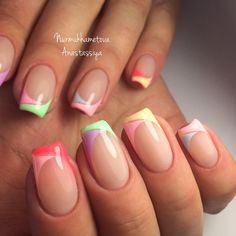 summer french nails White in 2020 Summer French Nails, French Tip Nails, Spring Nails, Summer Nails, Colored Nail Tips French, French Tip Nail Designs, Nail Art Designs, Stylish Nails, Trendy Nails