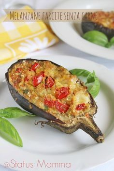 Melanzane farcite senza carne al forno Bean Recipes, Vegetable Recipes, Vegetarian Recipes, Cooking Recipes, Healthy Recipes, Pork Fillet, Menu Dieta, Good Food, Yummy Food