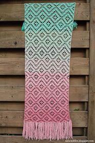 Mrs. Cuddles: Diamond lace scarf