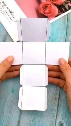Cool Paper Crafts, Paper Crafts Origami, Cardboard Crafts, Fun Crafts, Diy Crafts Hacks, Diy Crafts For Gifts, 5 Minute Crafts Videos, Diy Birthday, Diy For Kids